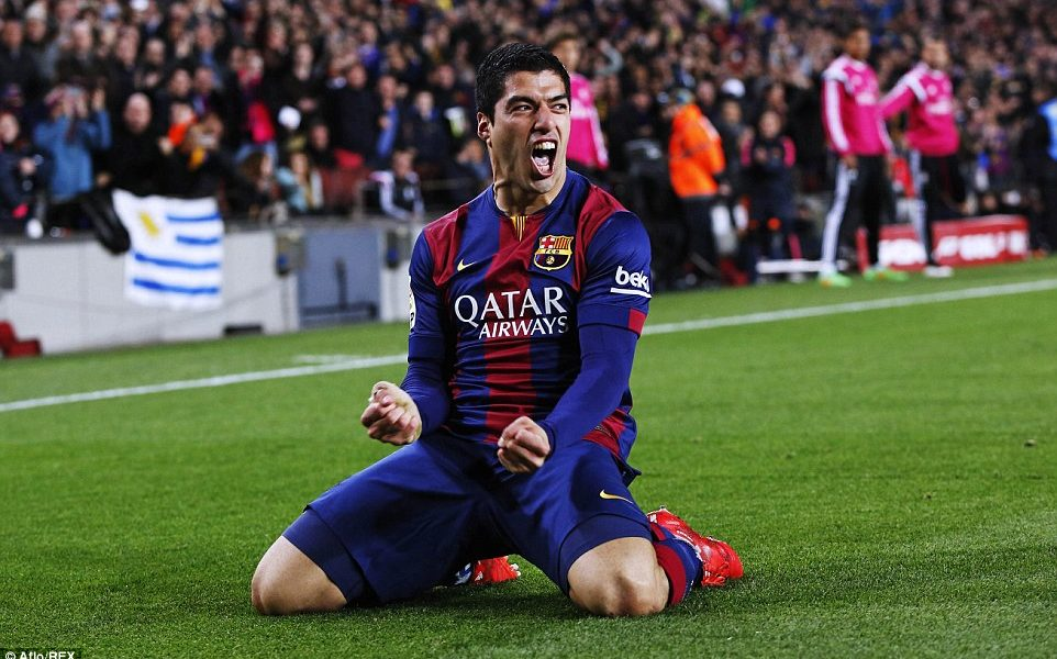 Emotional Suarez says 'goodbye' to Barca in press conference
