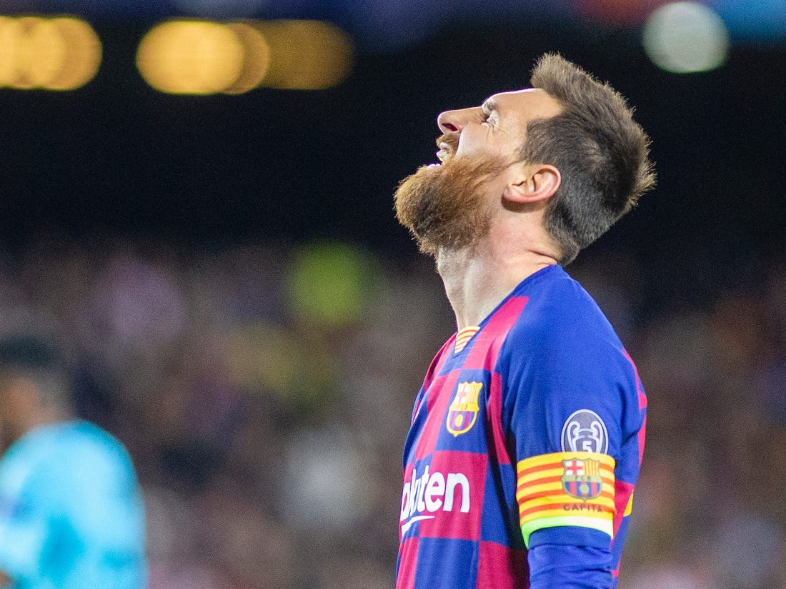Messi to stay at Barcelona and see out contract