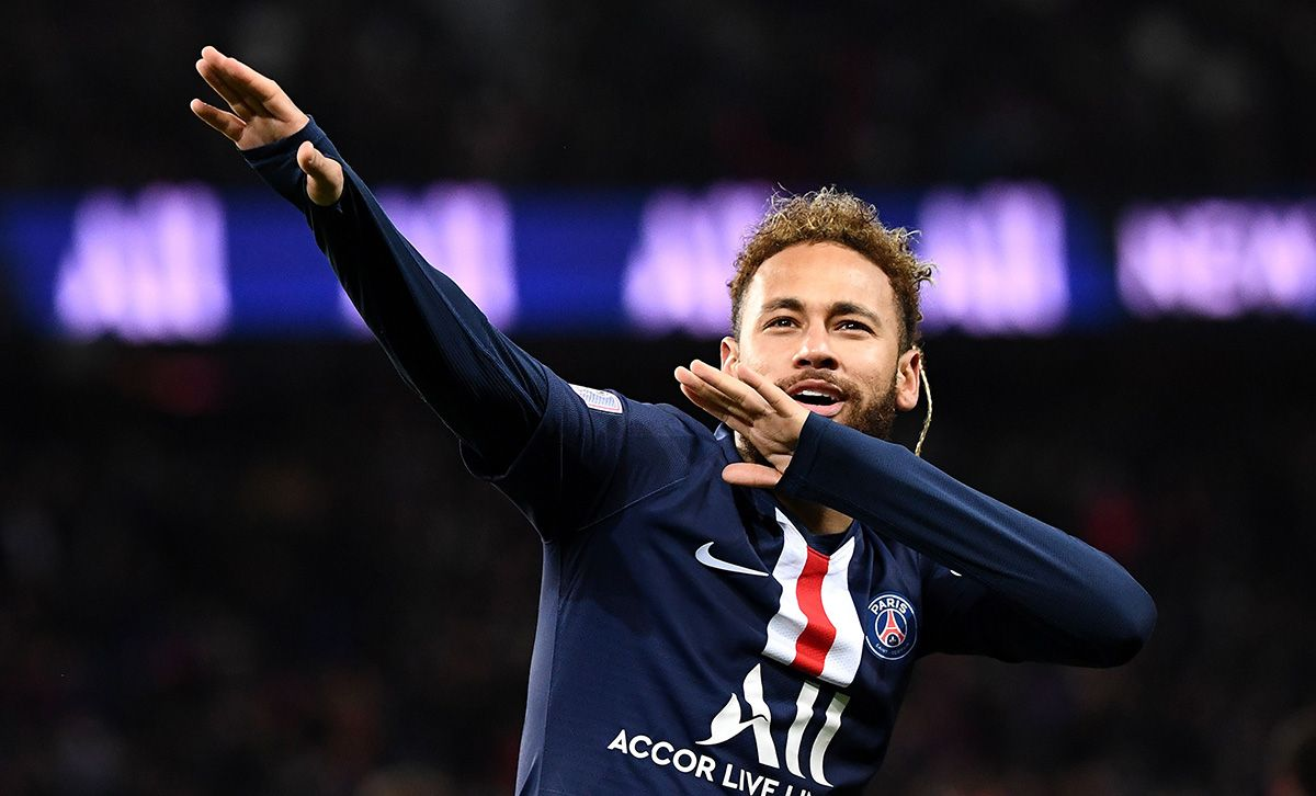 Neymar denies reports of 500-guest party