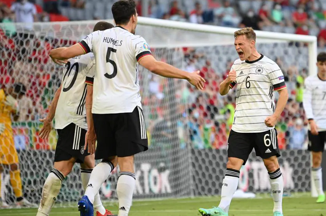 Wembley suits us says Neuer ahead of delicate duel against England