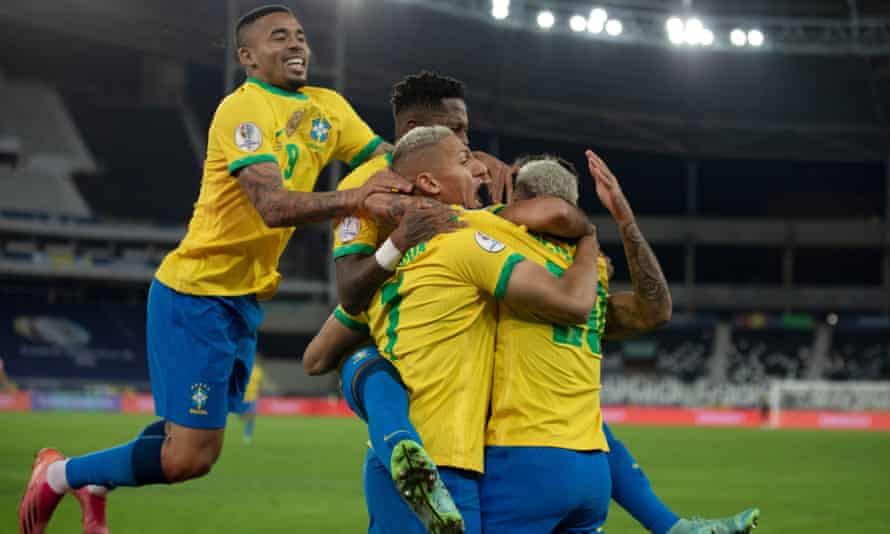 Brazil's late flourish keeps 2022 World Cup qualifying record intact